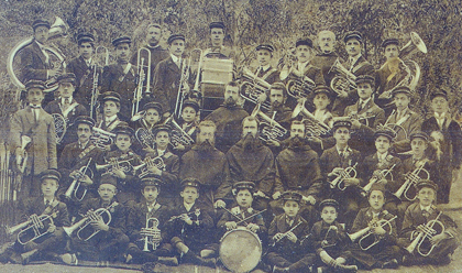 A group of Armenian trumpeters with teachers of French St. Barbara College in Izmit, 1912