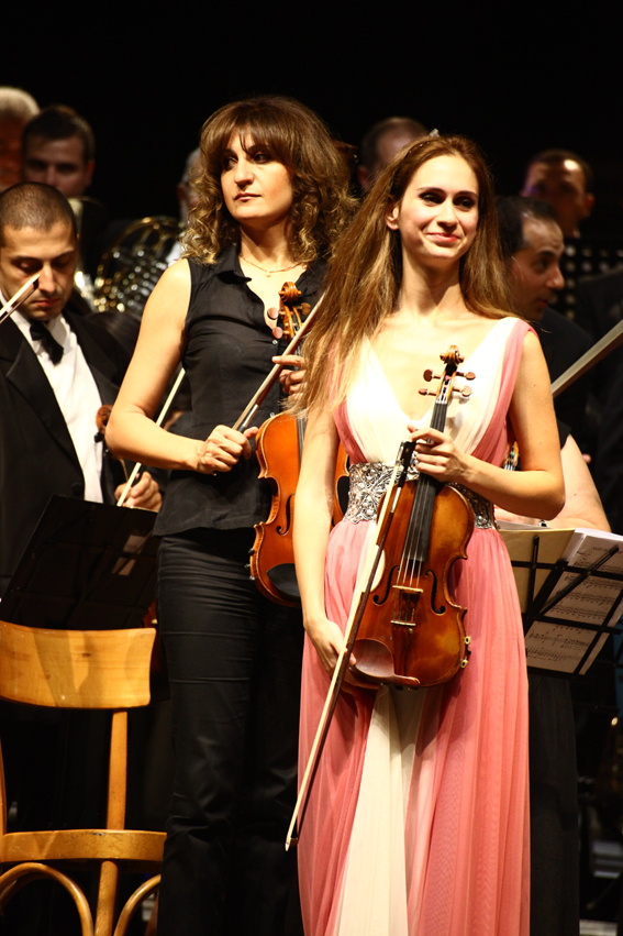 Anush Nikoghosyan and the Armenian Philharmonic Orchestra at the Festival delle Nazioni in Italy | © Annalisa Savoca